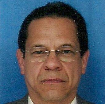 Dr. César Restrepo Valencia